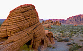 UNUSUAL ROCK FORMATIONS KNOWN AS BEEHIVES MARK THE LANDSCAPE AT VALLEY OF FIRE STATE PARK IN NEVADA