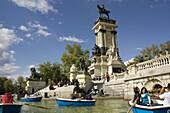 Spain,  Madrid,  city-park,  Parque Del Retiro,  park-visitors,  lake,  rowboats