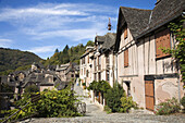 France,  Midi Pyrenees,  Aveyron,  Conques St Foy Abbey The village is built on a hillside,  with narrow Medieval streets The Sainte Foy Abbey Church was a popular halt for pilgrims on their way to St James´ of Compostela