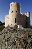 historic adobe fortification,  Rawdaw Fort or Castle,  Dakhliyah Region,  Sultanate of Oman,  Arabia,  Middle East