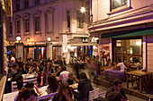 street cafes, restaurants, nightlife Beyoglu, Istanbul, Turkey