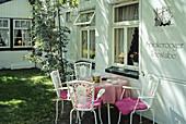 Tea shop on Spiekeroog island, Eastern Friesland, North Sea, Lower Saxony, Germany