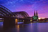 Evening sky above Cologne cathedral and the Hohenzollern bridge, Cologne, Rhine river, North Rhine-Westphalia, Germany
