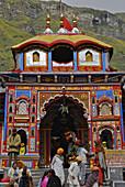 Holy Hindu temple dedicated to Vishnu at Badrinath, Uttarakhand, India, Asia