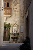 Narrow alleys in Mdina, Malta, Europe