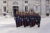 Palace guards, Palacio Real de Madrid, the biggest palace in Europe, Madrid, Spain
