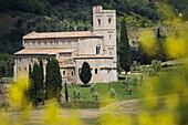 Sant' Antimo, monastery, Castelnuovo dell' Abate, bei Montalcino, Tuscany, Italy
