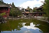 Taihua temple and pavillion at Dian lake, Hill of the Sleeping Buddha, Kunming, Yunnan, People's Republic of China, Asia