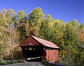 Covered bridge, Vermont, New England, USA
