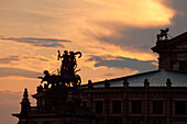 Quadriga on the roof of the Semperoper, Semper opera house, Dresden, Saxony, Germany