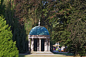 Beech trees surrounding the pavilion temple in Bad Pyrmont Spa Gardens, Bad Pyrmont, Weserbergland, Lower Saxony, Northern Germany