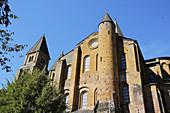 France, Aveyron 12, Conques, abbatiale Sainte Foy du XI et XIIe siècles, étape du pélerinage de Saint-Jacques-de-Compostelle, labellisé Les Plus Beaux Villages de France