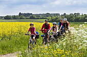 Cycling tour, Isar Cycle Route, Strasslach-Dingharting, Upper Bavaria, Germany