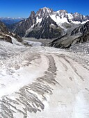 Geant glacier  Massif of Mont-blanc  French Alps