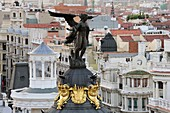 Dome  Winged Victory) of the Metropolis building in Madrid in confluecia of Gran Via and Alcala street belonging to the insurer Metropolis and made by French architects Jules and Raymond Fevrier, who began work in 1907, although it was the Spanish Luis Es