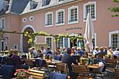 Recreation at wine tavern, Kesselstatt, Trier, Mosel, Rhineland-Palatinate, Germany, Europe