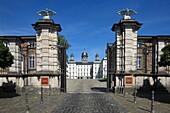 D-Bergisch Gladbach, Bergisches Land, North Rhine-Westphalia, D-Bergisch Gladbach-Bensberg, castle Bensberg, hunting lodge, hotel, baroque, gateway