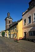Germany, Krefeld, Rhine, Lower Rhine, North Rhine-Westphalia, D-Krefeld-Linn, Rheinbaben Street, Saint Margareta church and residential buildings, catholic church