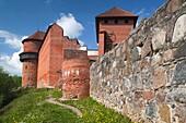 Latvia, Northeastern Latvia, Vidzeme Region, Gauja National Park, Sigulda, Turaida Castle