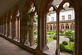 Landau, Gothic cloister of Augustinerkirche, Downtown, Südliche Weinstraße, German Wine Route, Palatinate, Rhineland-Palatinate, Germany, Europe