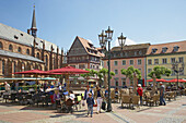 Neustadt a.d. Weinstraße, Marktplatz (Market place), Open-air restaurant, Collegiate church, Well, Wine house, Old Centre, German Wine Route, Palatinate, Rhineland-Palatinate, Germany, Europe