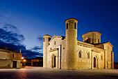 Romanesque church of St. Martin at night, 11th century, Fromista, Camino Frances, Way of St. James, Camino de Santiago, pilgrims way, UNESCO World Heritage, European Cultural Route, province of Palencia, Old Castile, Catile-Leon, Castilla y Leon, Northern