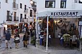 Restaurant in old town, Peniscola, Costa del Azahar, Valencia, Spain