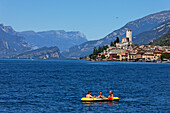 Canoe, Scaliger Castle, Malcesine, Lake Garda, Veneto, Italy