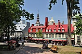 Place d'Armes, Old City, Quebec city, Province of Quebec, Canada, North America