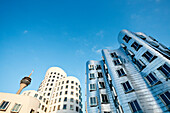 Modern buildings at Neuer Zollhof, Frank O. Gehry, Media Harbour, Düsseldorf, Duesseldorf, North Rhine-Westphalia, Germany, Europe
