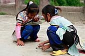 Young Zi girls playing, Yuanyang, China