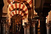 Innenaufnahme, Mezquita-Catedral, Cordoba, Provinz Cordoba, Andalusien, Spanien, Mediterrane Länder