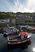 Gardenstown mit Hafen, Aberdeenshire, Schottland