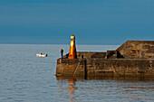 Der Hafen von Cullen, Aberdeenshire, Schottland