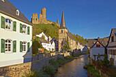 View at Monreal, Big castle (Löwenburg), Half-timbered house, Church, Elz, Eifel, Rhineland-Palatinate, Germany, Europe