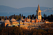 Topkapi Palace, domes and tower in the evening sun, Istanbul, Turkey, Europe