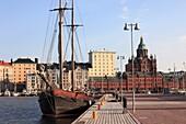 Finland, Helsinki, harbour, Uspenski Orthodox Cathedral