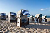 Beach chairs, Baabe seaside resort, Ruegen island, Baltic Sea, Mecklenburg-West Pomerania, Germany, Europe