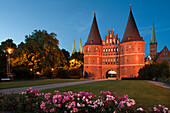 Holsten Gate, St Mary´s church and church of St Petri, Hanseatic city of Luebeck, Baltic Sea, Schleswig-Holstein, Germany