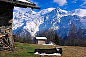 France, Rhone-Alpes, Alps, Haute Savoie, chalet, Mont Blanc in the background