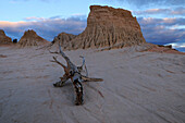 Eroded mud and sand of Walls of China, Mungo National Park, New South Wales, Australia
