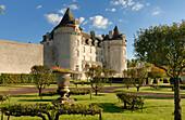 France, Charente-Maritime,. Poitou-Charentes, La Roche-Courbon castle (XVI°-XVII°), orchard