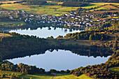 Luftbild der Dauner Maare und Schalkenmehrener Maar, Landkreis Daun, Rheinland Pfalz, Deutschland, Europa