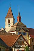 Burkheim, Stadttor und Kirchturm, Kaiserstuhl, Baden-Württemberg, Deutschland, Europa