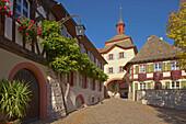 Burkheim, Historic city with city gate, Kaiserstuhl, Baden Wuerttemberg, Germany, Europe