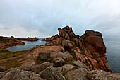 Coastal scenery near Ploumanach, pink granite coast, Perros-Guirec, Cotes-d Armor, Brittany, France