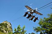 Skyglider an der Erfurter Hütte über Maurach, Rofan Gebirge, Achensee, Tirol, Österreich, Europa