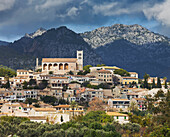 Houses and church at the village of Selva, Serra de Tramuntana, Mallorca, Spain, Europe