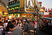 People eating at foodstalls, Chinatown, Bangkok, Thailand, Asia