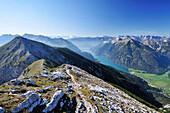 Blick vom Unnütz auf Achensee, Rofan und Alpenhauptkamm, Unnütz, Unütz, Rofan, Tirol, Österreich